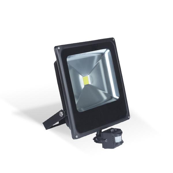 LED REFLEKTOR 50W SMD  IP66 SENZOR POKRE...